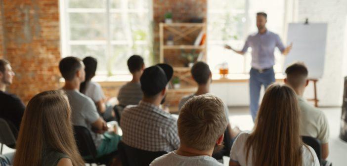 Präsentationen halten: So gelingt das Sprechen vor einem Publikum